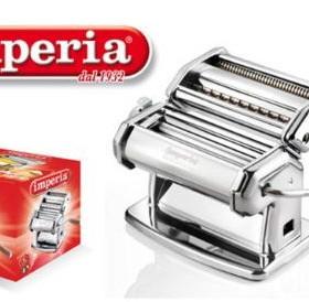 Imperia 100 : une machine a pates italiennes